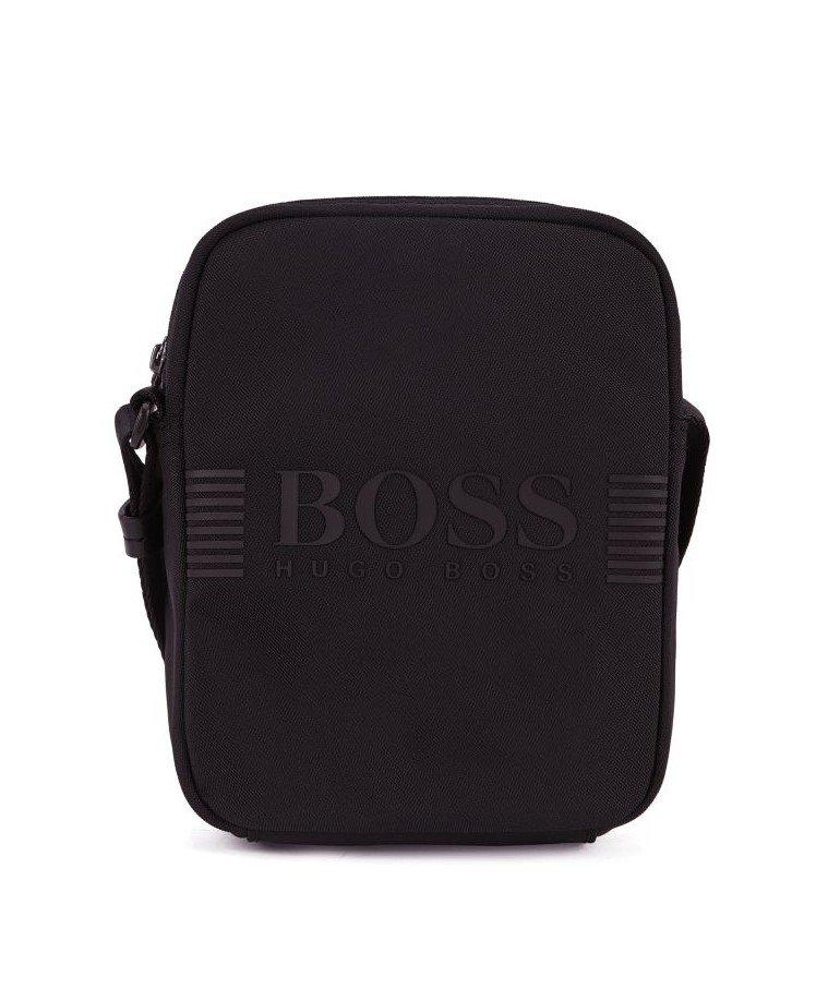 Hugo Boss_Borsa stile reporter