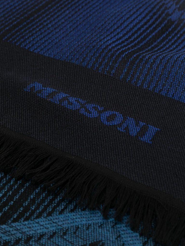 MISSONI-sciarpa-blu-frange-corte-