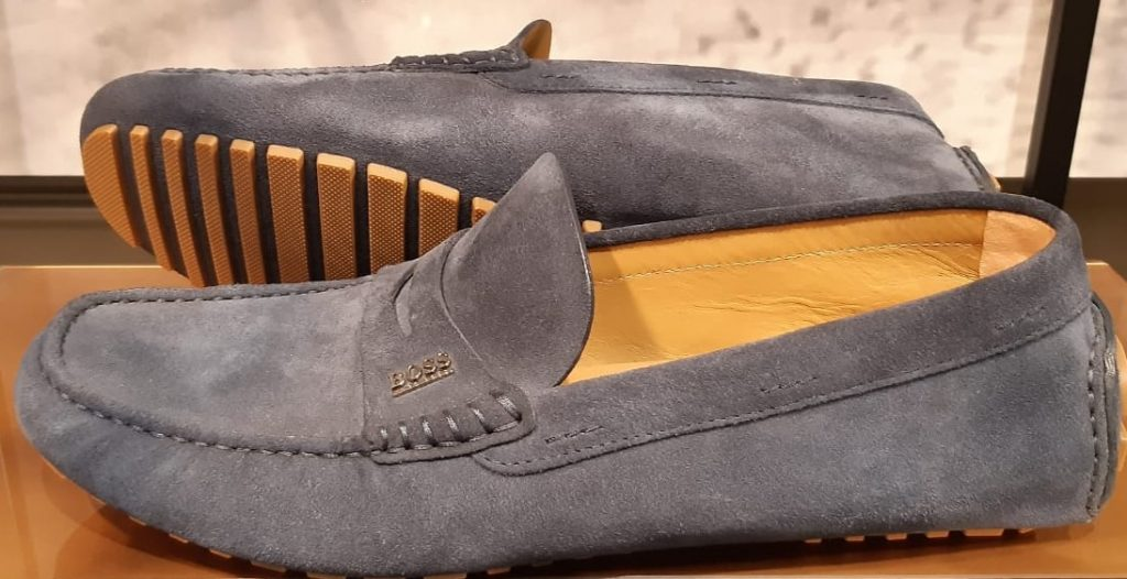 scarpa scamosciata